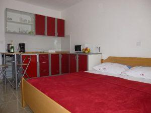 Apartmani -843